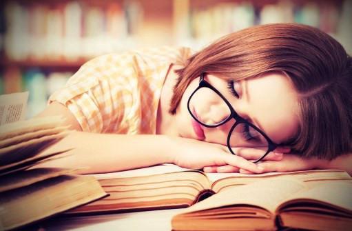 Νευροεπιστήμη: Ο ύπνος βοηθάει την μάθηση.